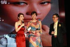 徐静蕾回应《杜拉拉》激情戏:那是黄立行福利