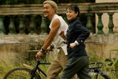 廖凡《子弹》秀胸肌扮人肉自行车征服周韵(图)