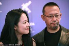 《让子弹飞》走向海外姜文携妻红毯展自信(图)