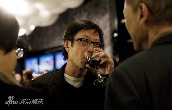 刘伟强客串《桃姐》