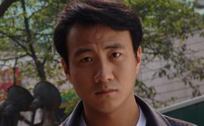 胡军诠释知识分子奋斗历程 《岁月》北京播出