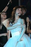 公主般白纱裙