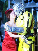 《机器侠》孙俪献吻机器人