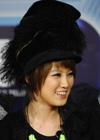 刘力扬戴个性女帽