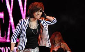 快女十强与广州歌迷相聚 度过盛大狂欢夜