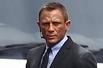 组图:《007空降危机》片场 克雷格西装亮相