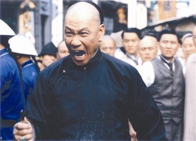 北京娱乐信报:《十月围城》用良心去感动你