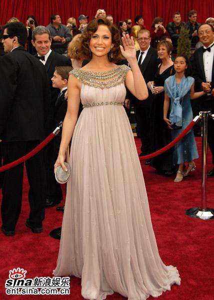 盘点07好莱坞女星红地毯秀--珍妮弗-洛佩兹