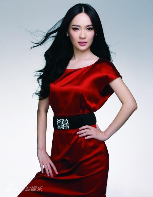 资料图片:华谊双年汇艺人名单-霍思燕