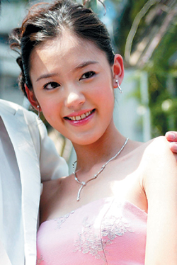 台湾涉毒女星裴琳自曝警局里没特权如厕被看光