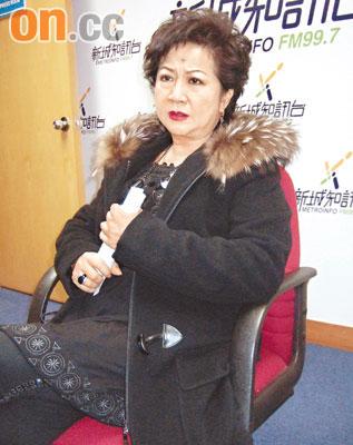 陈冠希退出引圈内热议薛家燕曝其有海外约在身
