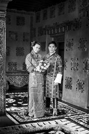 刘嘉玲梁朝伟今日大婚新娘披上王室嫁衣