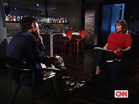 陈冠希借CNN反击:我无罪,我也是受害者(图)