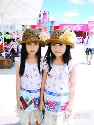 台湾网络人气双胞胎小姐妹长大依然动人(图)