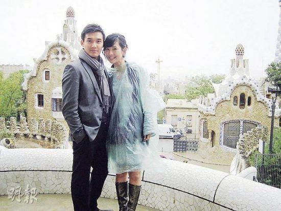 陈松伶嫁到北京成为张太,生活安定也胖了不少。