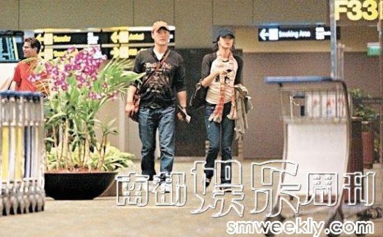 2008年,乐基儿与黎明在国外登记结婚后返回香港。