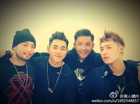 右起:潘玮柏、黑人、李晨、唐志忠