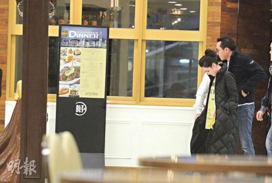 日前记者拍到阿娇跟韩国男友K先生拍拖吃饭,恋情逐步浮出水面