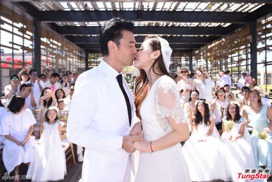 钟镇涛巴厘岛举行浪漫婚礼