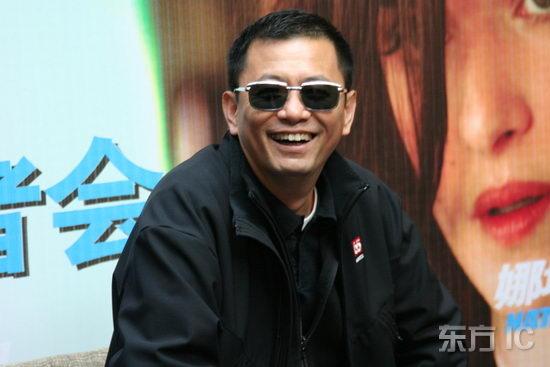 组图:知名导演王家卫获香港大学荣誉博士学位