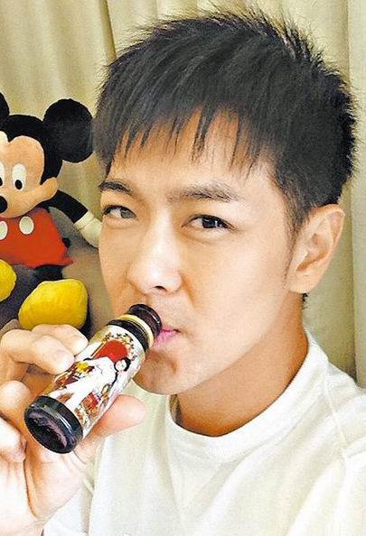 林志颖投资生产的胶原蛋白饮品持续遭到非议。