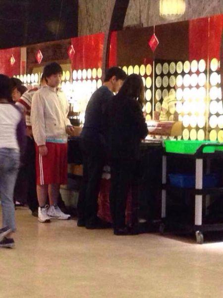 网友在台湾某饭店巧遇吴奇隆、刘诗诗