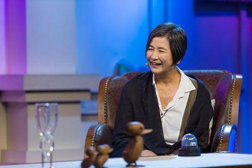 郑佩佩参加某访谈节目