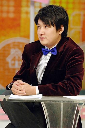 韩国自杀演员安在焕生前不顺婚姻传不合(图)