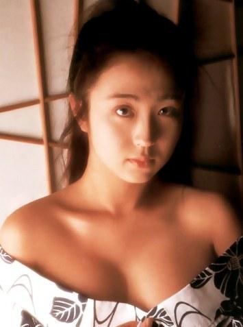 日本AV业丑闻下流制片求逼真轮奸女优被判刑