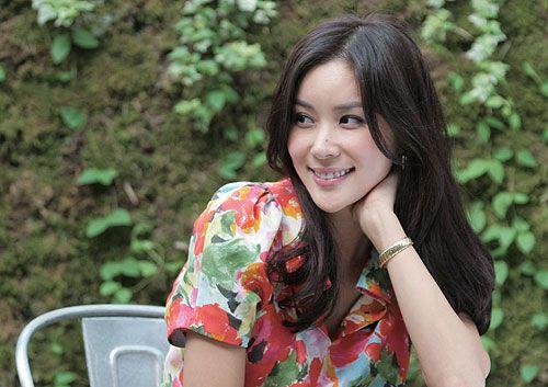 高小英五月出嫁赞张东健是顾家好男人