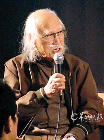 铃木�[顺88高龄还在坚持拍戏