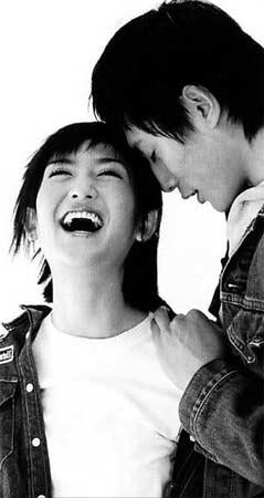 谢娜2006年收获多多拒谈刘烨称现在没男友(图)