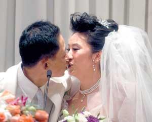 42岁王志文告别单身爱的宣言让新娘感动落泪