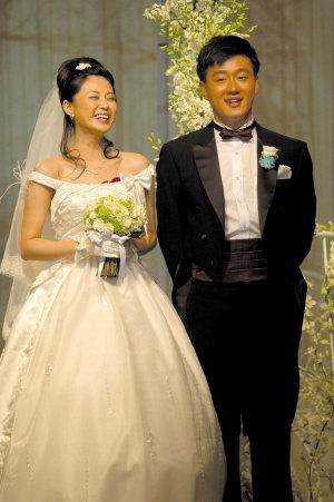 佟大为婚礼现场曝家丑:追关悦我用了很多手段