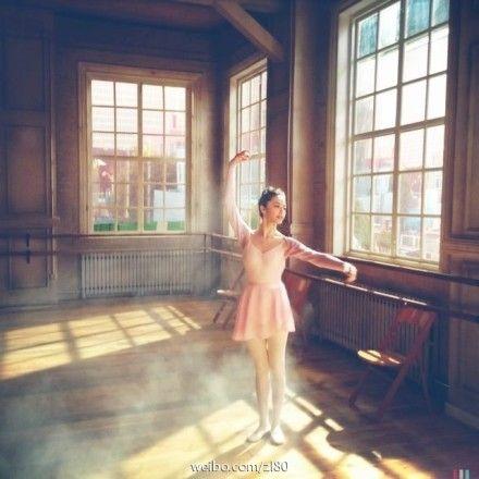 姚晨跳芭蕾舞美照