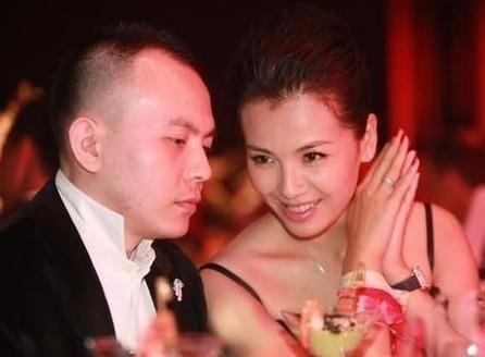 刘涛和老公王珂(资料图)