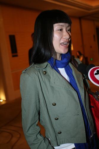 组图:佟大为北京办婚宴《奋斗》演员甘露到贺