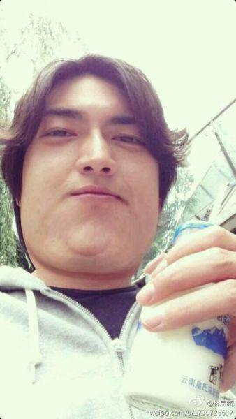 林更新搞怪PS自己成大胖子