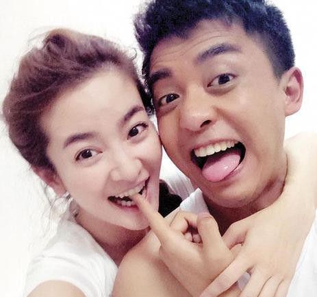 李晟和李佳航甜蜜照
