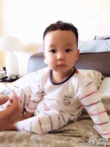 宝宝 壁纸 孩子 小孩 婴儿 440_586 竖版 竖屏 手机