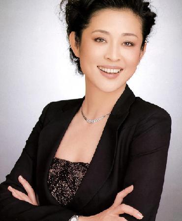 图文:年度慈善明星候选人-倪萍
