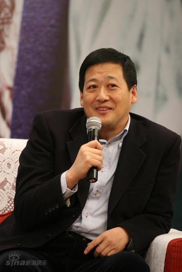 图文:郭敬明签天娱-长江文艺出版社副社长黎波
