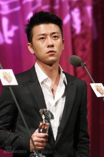 图文:BQ红人榜现场--林申荣膺年度优质偶像奖
