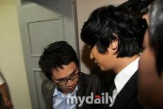 朱智勋吸毒案宣判获刑6个月缓期1年(组图)