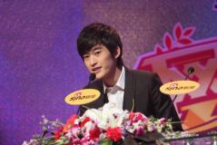 实录:新浪09网络盛典最具潜力演员张翰专访