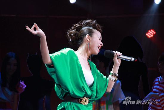 图文:《名师》配对赛第3场-好声音郭美孜