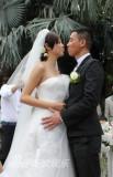 陈小春应采儿香港大婚热吻九次寓意长久(组图)