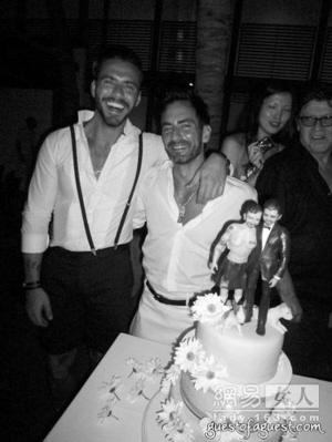 LV设计师MarcJacobs和男友迈进婚姻殿堂(图)