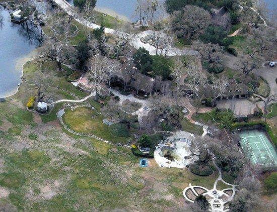 杰克逊梦幻庄园可能被政府收购变成公园(图)