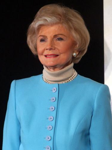 美国女星比林斯利去世曾被誉为最受欢迎的妈妈